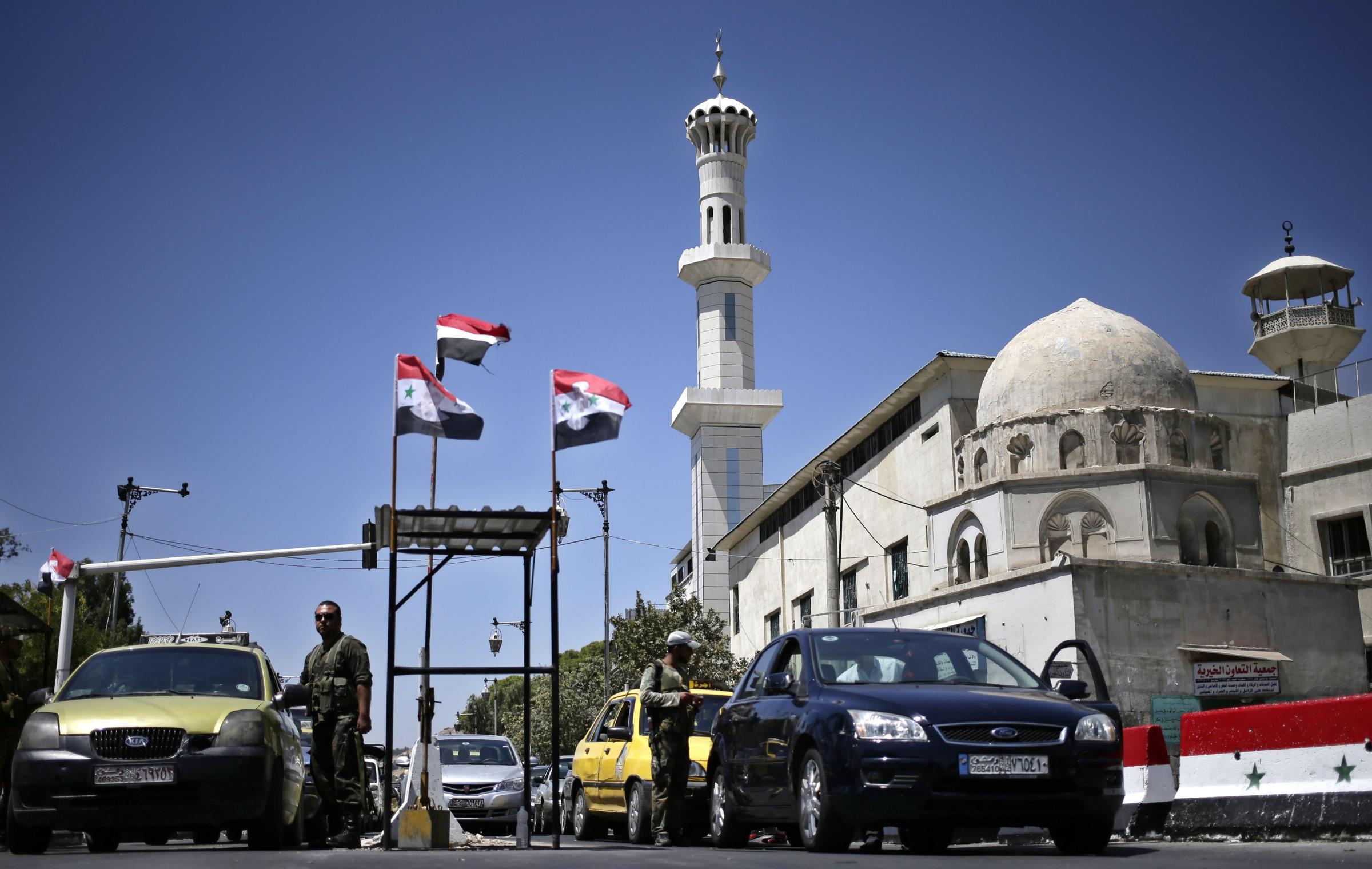Siria: strage alle porte di Damasco, denunciato uso gas nervino