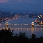 Cosa sta succedendo in Ungheria? Un po' di luce tra balle, storture e utopie