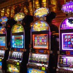Slot machines, money transfer, coop onlus: la casta tutela i suoi traffici