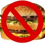 Nuovo scandalo alimentare: carne scaduta da un anno per McDonald, Pizza Hut e Kfc