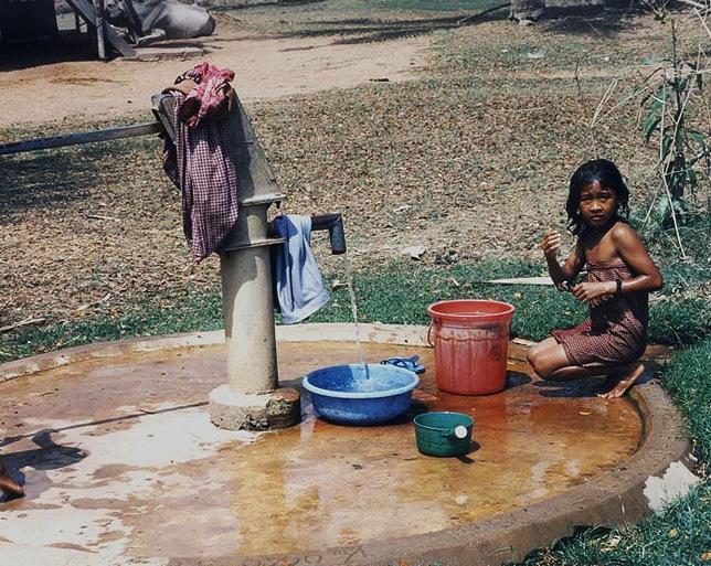 Cambogia-Acqua-